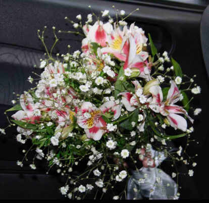 Alstroemeria, Flower bouquet
